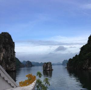 Tur i Halong Bay
