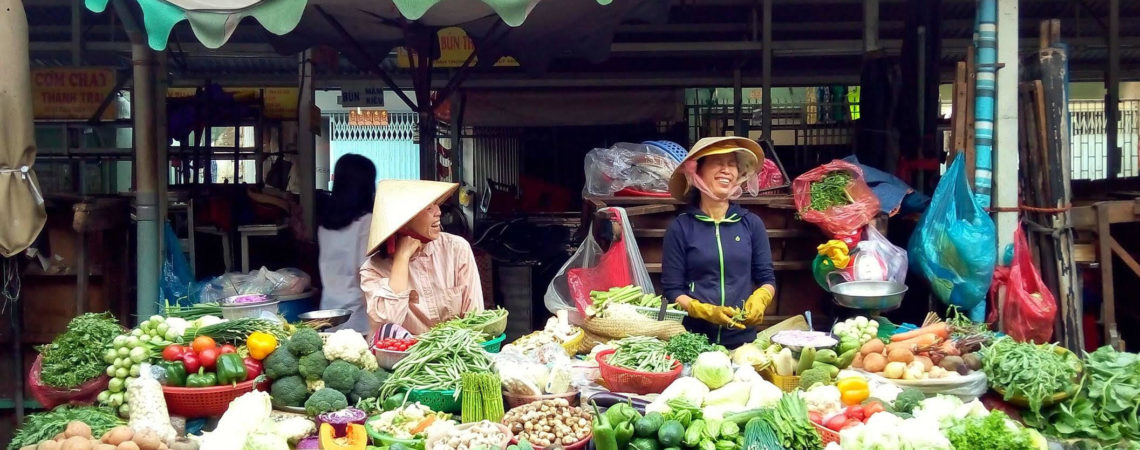 Overcoming Ecological Crises: Reconnecting Food, Nature and Human Rights.